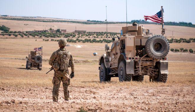 Foto: SUA își întăresc prezența militară în regiunea petrolieră din estul Siriei