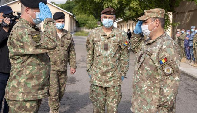 Foto: Structură de pregătire militară, încadrată doar cu subofițeri