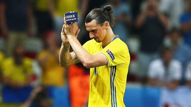 Galerie foto. Ultimul meci pentru Zlatan Ibrahimovic în tricoul Suediei - suedia3-1466666830.jpg