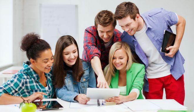 """Vrei să pleci la facultate în străinătate? Olanda, ţara care """"te plăteşte"""" să înveţi - sus-1605726680.jpg"""