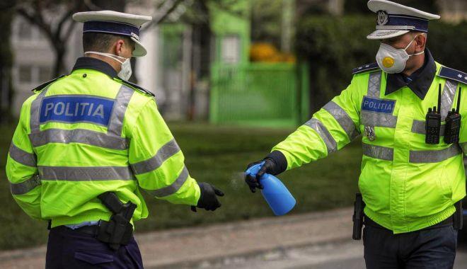 Protest în uniformă: polițiștii vor refuza să mai dea amenzi! - sus-1610050330.jpg