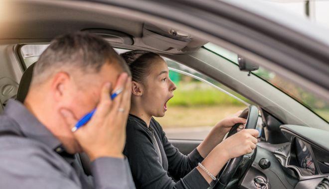 """Supărare în rândul instructorilor auto: """"Vor să ne scoată țapi ispășitori pentru accidentele rutiere!"""" - sus-1626626017.jpg"""