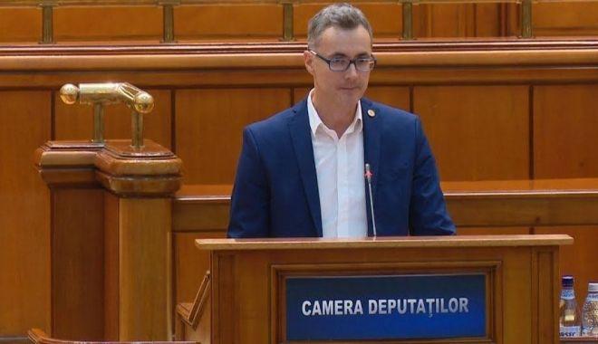 Senatorii şi deputaţii USR au demisionat din Parlamentul României. Ce spune Stelian Ion - sus2-1606247024.jpg