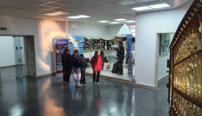 Sute de vizitatori, în weekend, la Muzeul Naţional al Marinei Române - sutedevizitatori-1611588978.jpg