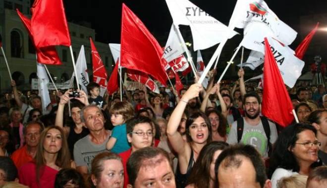 """Foto: Grecia / Partidul de extremă-stânga Syriza obține o """"victorie istorică"""", cu un avans de 7% față de Noua Democrație"""