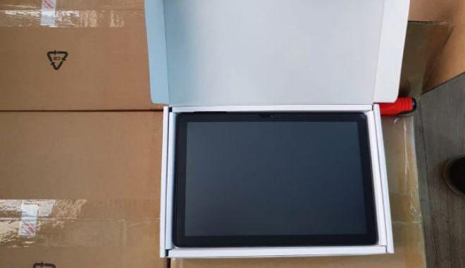A sosit prima serie de tablete pentru elevi - tablete2-1607067823.jpg
