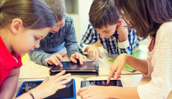 Tabletele promise pentru lecțiile online, mai la iarnă - tabletescoala-1598970185.jpg