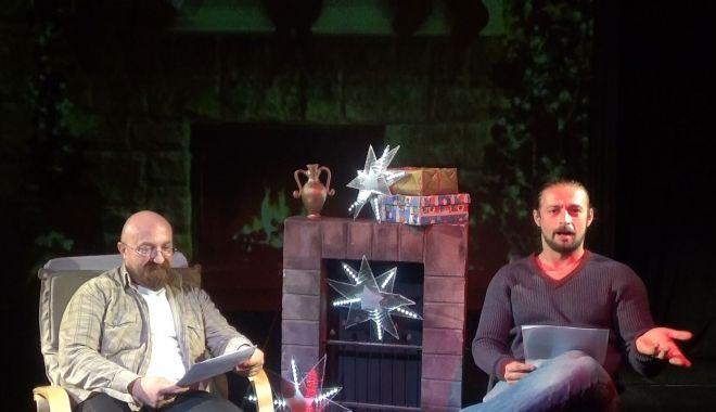 """Tainele lui Moş Crăciun, dezvăluite la Teatrul """"Căluţul de mare"""" - taineleluimoscraciunbun-1608756237.jpg"""
