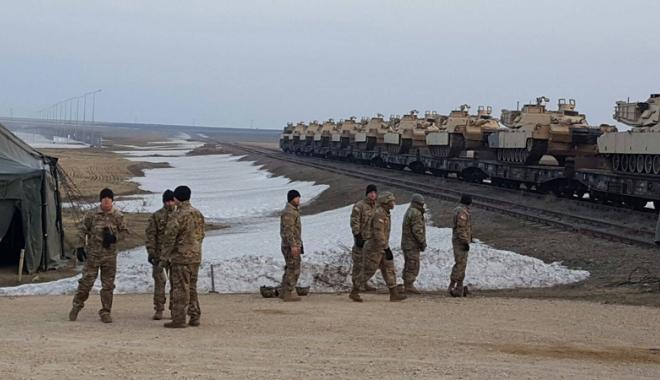Tancurile și soldații americani au sosit la Constanța. Cât vor sta yankeii în țară - tancurile2-1487093012.jpg