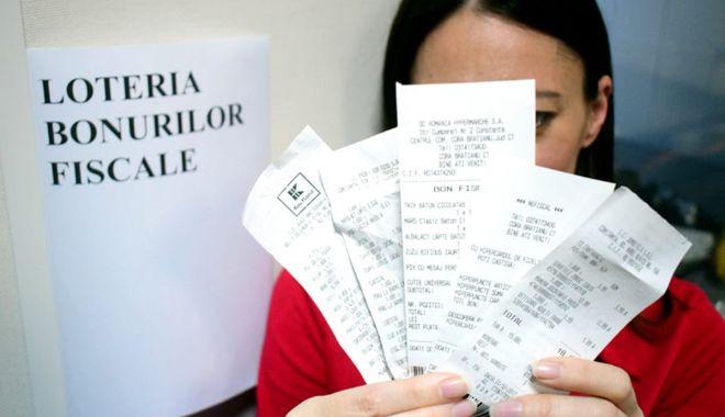 Foto: Țara arde, iar statul joacă milioanele la Loteria bonurilor fiscale!
