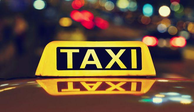 Nicușor Dan spune că a câștigat în instanță procesul referitor la regulamentul taximetriștilor - taxi-1575810522.jpg