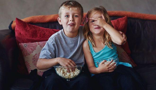 Foto: Copiii pot viziona două spectacole online în acest weekend