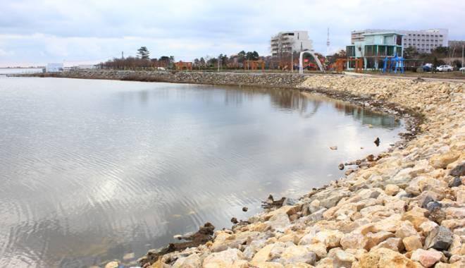 La Techirghiol, va fi amenajată o grădină botanică pe malul lacului - techirghiol5-1427467391.jpg