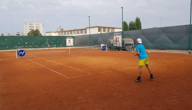 Meciuri tari la Tenis Club Bright. Surprize făcute de români la ITF WORLD TENNIS TOUR J3-BRIGHT TROPHY - tenis-1602664926.jpg