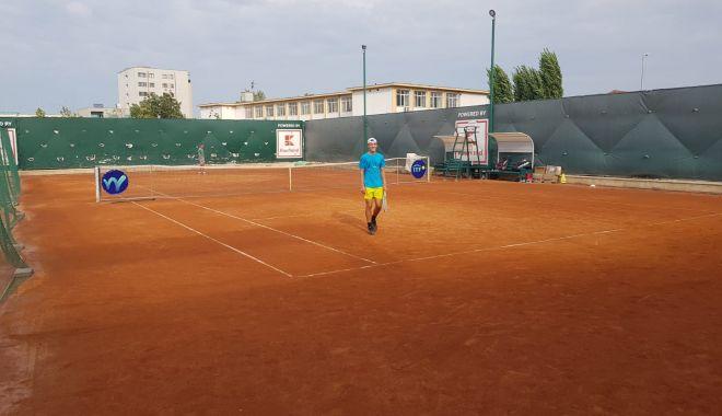 Meciuri tari la Tenis Club Bright. Surprize făcute de români la ITF WORLD TENNIS TOUR J3-BRIGHT TROPHY - tenis1-1602665003.jpg
