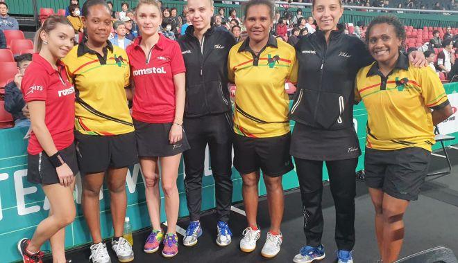 Foto: Tricolorele, sfert-finaliste la Cupa Mondială la tenis de masă