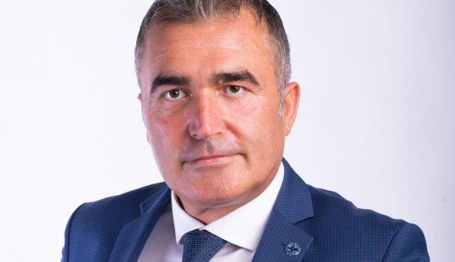 Florin Gheorghe, revocat din funcţie. Liberalul Stere Hira, noul director al RAEDPP - teo-1611336835.jpg