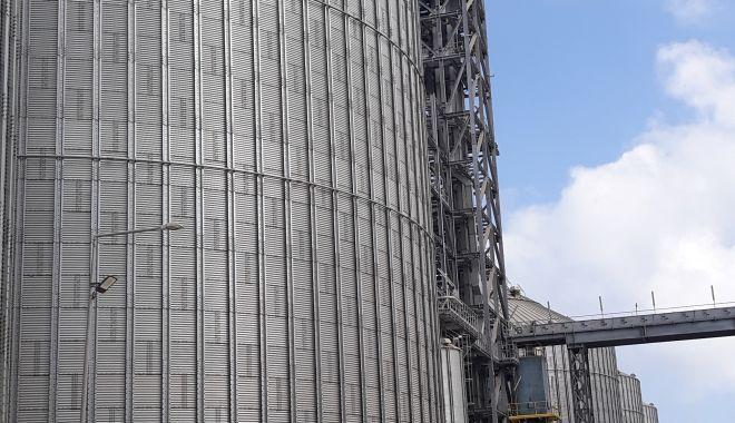 Terminalul de cereale Comvex - cel mai rapid și mai modern din Europa - a fost inaugurat oficial - terminaluldecerealecomvexcelmair-1600360154.jpg