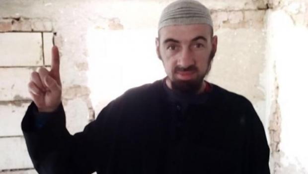 Foto: ROMÂN SUSPECTAT DE TERORISM, RIDICAT DE DIICOT. AR FI ADERAT LA ISIS