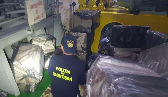 Focuri de armă în port, pentru prinderea unor marinari contrabandiști de țigări - tigaricontrabandasursapolitiadef-1600617081.jpg