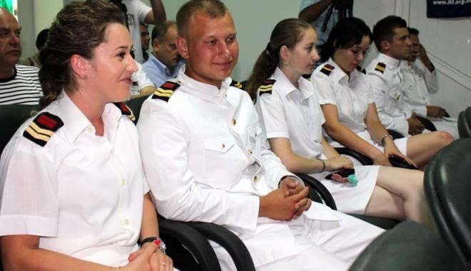 Foto: Tinerii ofițeri găsesc tot mai greu locuri de muncă pe mare