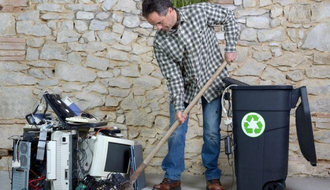 Foto: Tombolă cu premii pentru locuitorii din Medgidia care renunță la vechiturile electronice