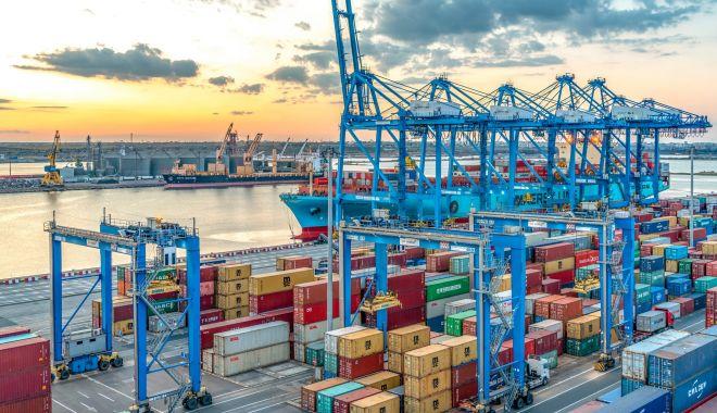 Foto: Topul veniturilor operatorilor portuari, în 2019