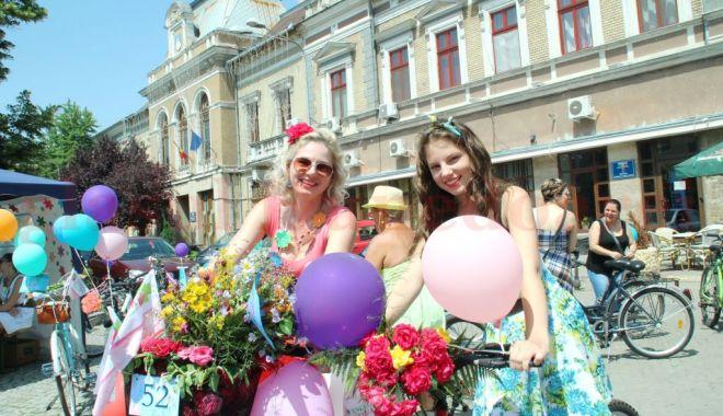 Totul despre femeile din România - totuldesprefemeiledinromania-1615208776.jpg