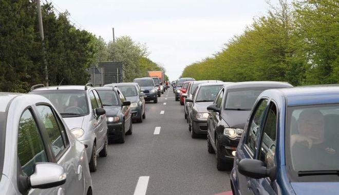 Foto: SFÂRȘIT DE VACANȚĂ! Aglomerație pe autostradă, și pe mai multe drumuri naționale