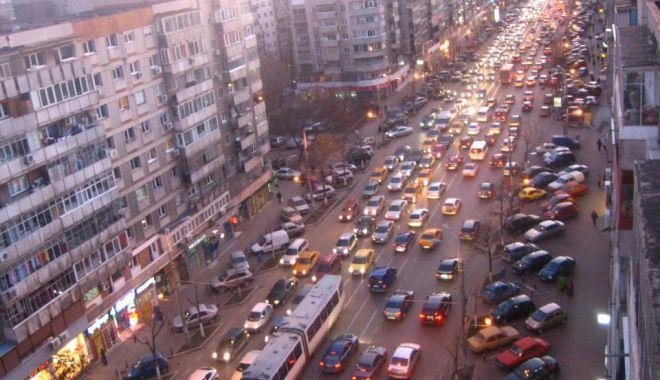 Foto: Mergeți cu mașina în București? Ce spune Firea despre VINIETA aferentă
