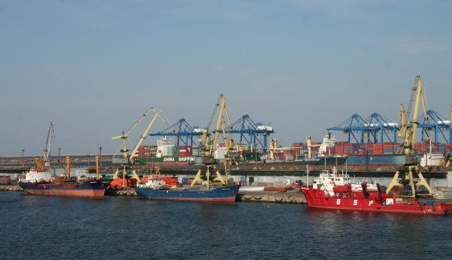 Foto: Portul Constanța - poartă pentru mărfurile contrafăcute!