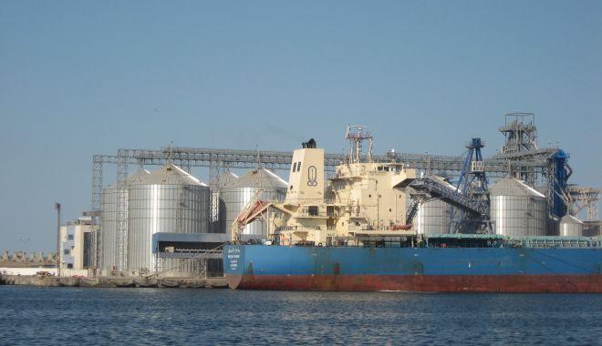 28 de nave sub operare, în porturile maritime - traficportuar2302-1614073507.jpg