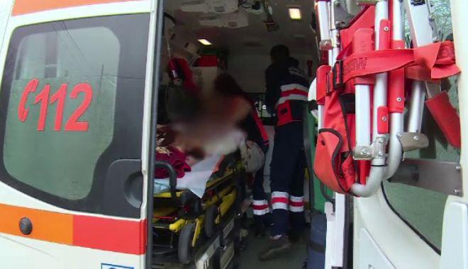 Foto: TRAGEDIE! Trei persoane, din care doi copii, au murit după ce s-au intoxicat cu fum