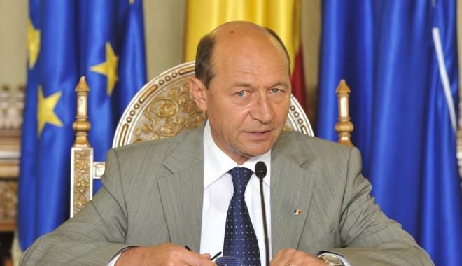 """Foto: Traian Băsescu, declarații de presă: """"Este clar că Federația Rusă dorește destabilizarea Ucrainei pentru a o pune sub control"""""""
