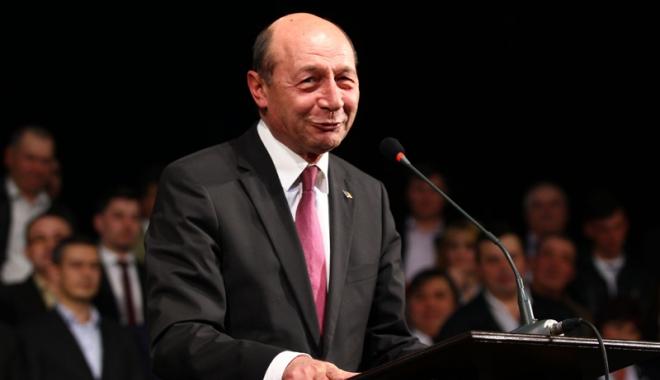 Traian Băsescu s-a decis. Va candida la Parlamentare - traianbasescu-1476111715.jpg