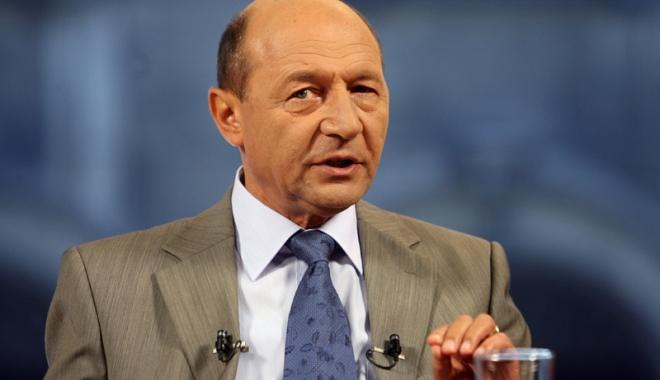 """Foto: Traian Băsescu:   """"Mă voi bate  în plen să găsim  o soluție pentru toate mamele condamnate"""""""