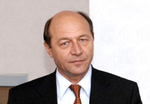 Foto: Băsescu la Școala de vară a UNPR: Vă mulțumesc că ați asigurat stabilitatea guvernamentală