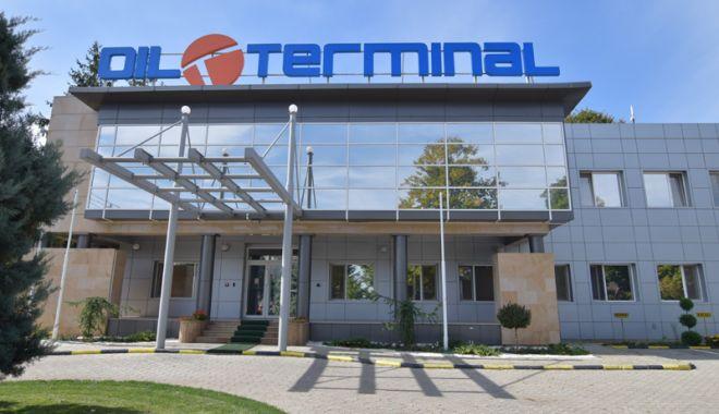 Foto: Tribunalul a decis ca administratorii Oil Terminal să dea banii înapoi
