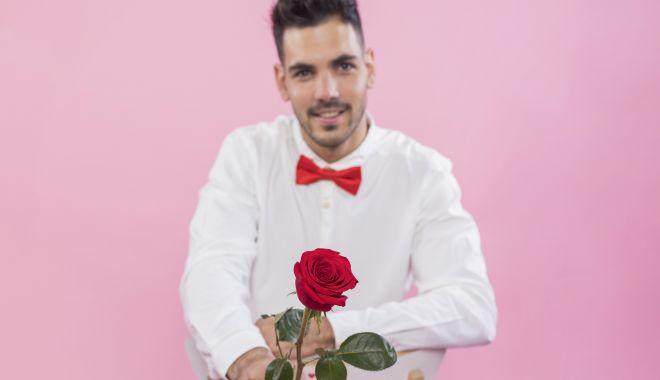 Trandafiri pentru cea mai frumoasă femeie din lume! - trandafiri-1585320621.jpg