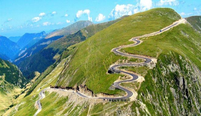 Circulaţia rutieră pe Transalpina, închisă pentru desfășurarea Campionatului Naţional de Drift - transalpina31200x7981-1601109093.jpg