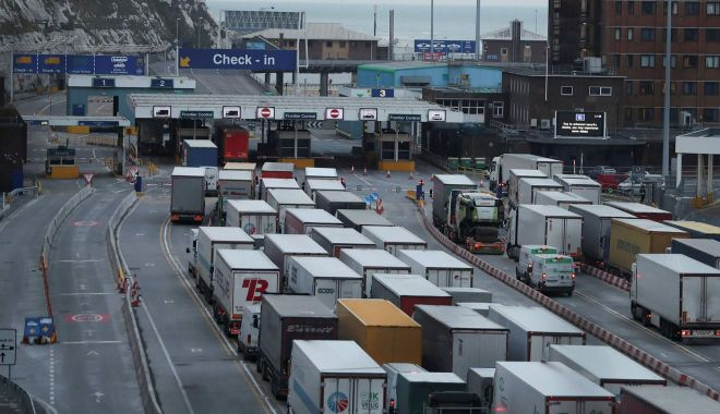 Transportatorii cer suspendarea temporară a acordului comercial dintre UE şi UK - transportatorii-1611342534.jpg