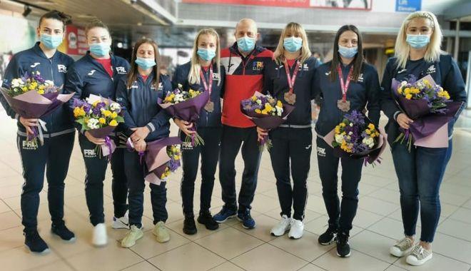 Trei luptătoare românce, medaliate cu bronz la Campionatele Europene - trei-1619362313.jpg