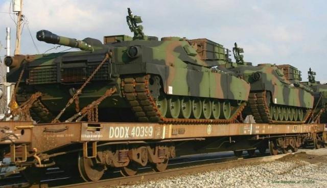 Rusia trimite trupe la granița Coreei de Nord - tren-1492703466.jpg