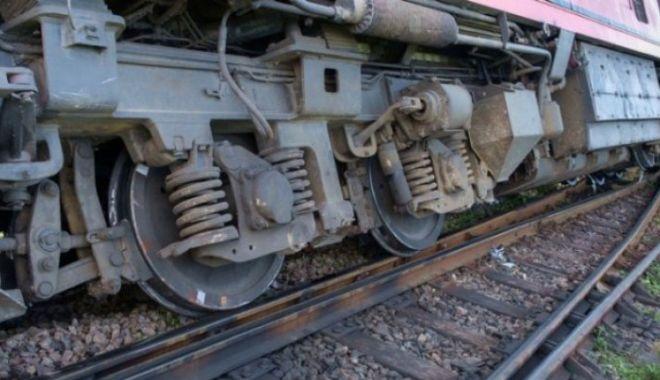 Tren de călători a deraiat. Autoritățile au intervenit imediat - tren-1581158844.jpg