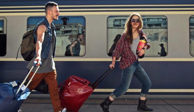 Foto: Directorul CFR Călători recomandă trenul pentru călătoriile spre litoral