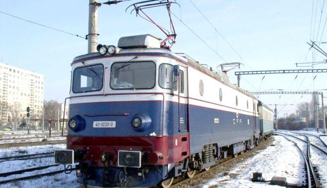 Trenurile circulă în condiții de iarnă. Trafic restricționat spre Constanța - trenuri2-1519666913.jpg