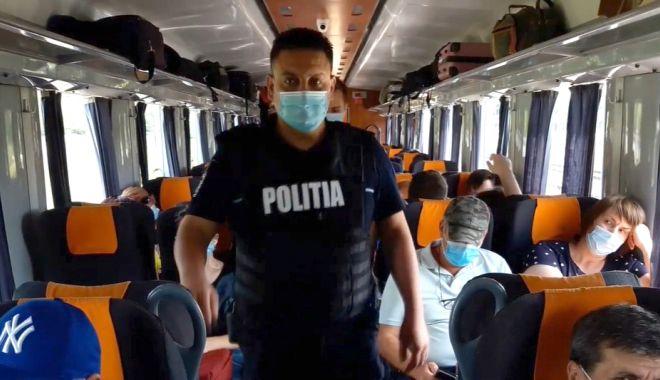 """Foto: Trenurile și stațiile de călători, """"periate"""" de polițiști"""