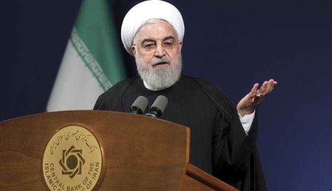 """Foto: Trump, numit """"agitator global"""" de președintele iranian"""