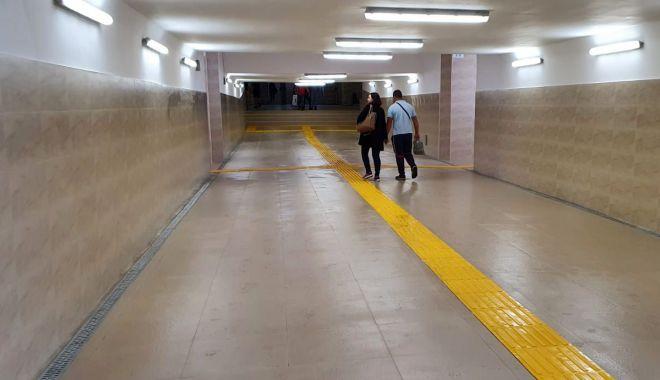 Foto: Reparații capitale la tunelul pietonal din Gara Constanța. CFR promite montarea a trei lifturi