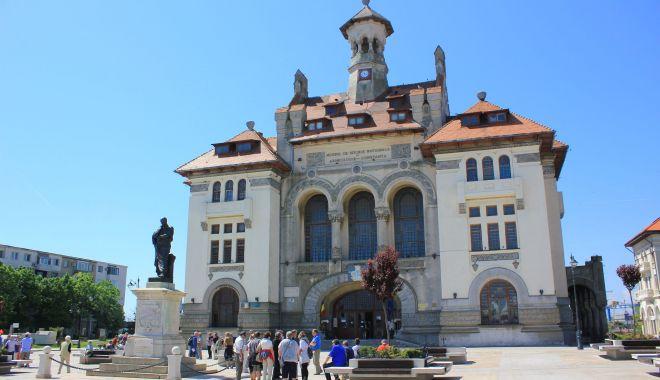 Muzeul de Istorie Constanța se pregătește de Noaptea Muzeelor - turistivizitatorimuzeuldeistorie-1623330516.jpg